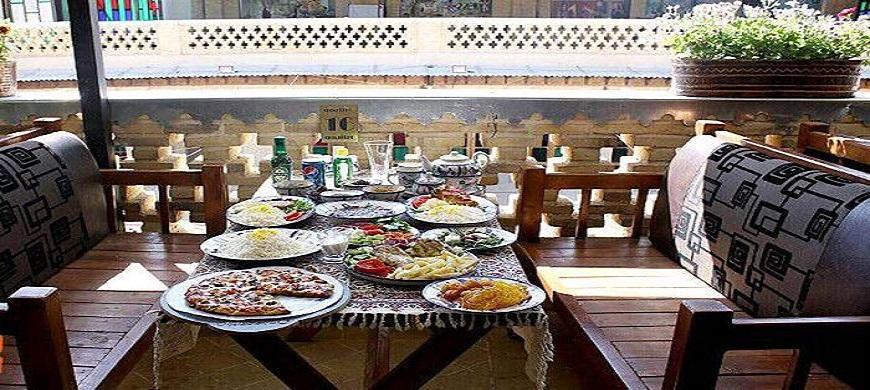 Hôtel traditionnel Niayesh Shiraz Iran