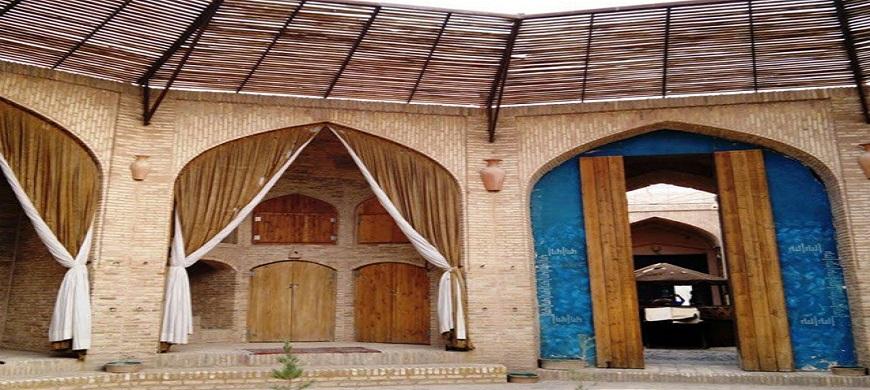 Caravansérail de zein-o-din Yazd Iran