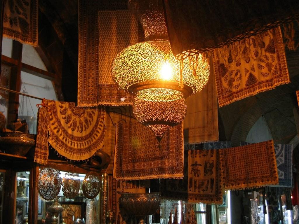 Shopping Iran