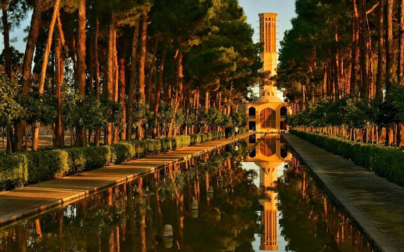 Jardin Dolat Abad