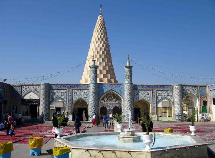 les villes sacrées de l'iran