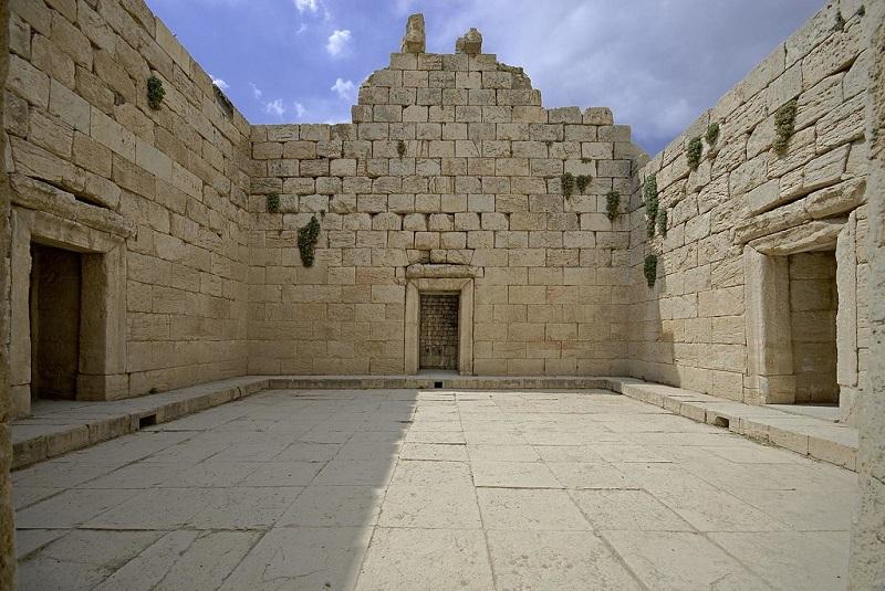 le temple d'Anahita
