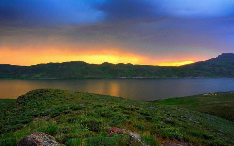 Neor lac