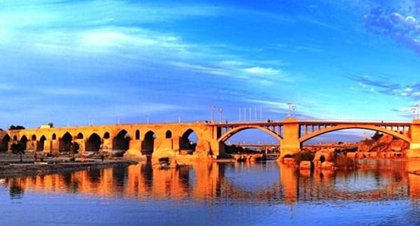 Pont historique